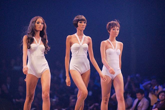 Hoang Thuy 'lot xac' tu Next Top Model den Hoa hau Hoan vu Viet Nam hinh anh 4