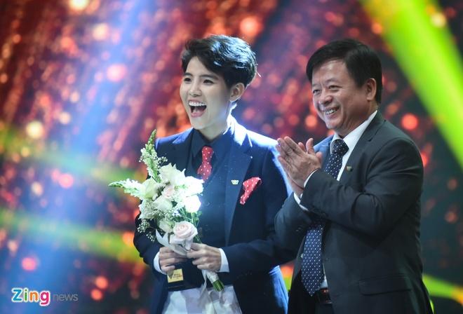 Nghe si Hoang Dung va phim 'Nguoi phan xu' doat giai VTV Awards hinh anh 3