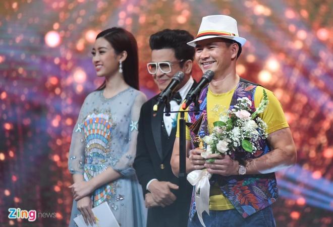 Nghe si Hoang Dung va phim 'Nguoi phan xu' doat giai VTV Awards hinh anh 2
