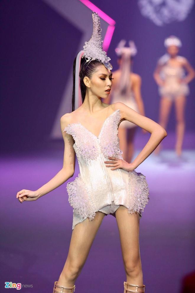 Chung ket Vietnam's Next Top Model 2017 anh 8