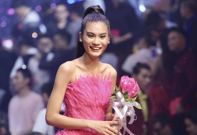 Chung ket Vietnam's Next Top Model 2017 anh 14