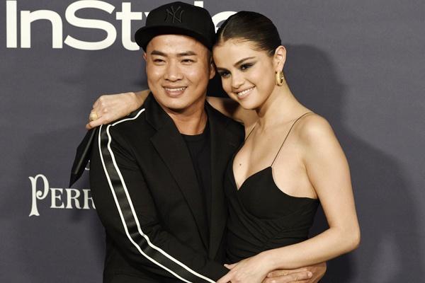 Selena Gomez trao giai cho chuyen gia trang diem goc Viet hinh anh