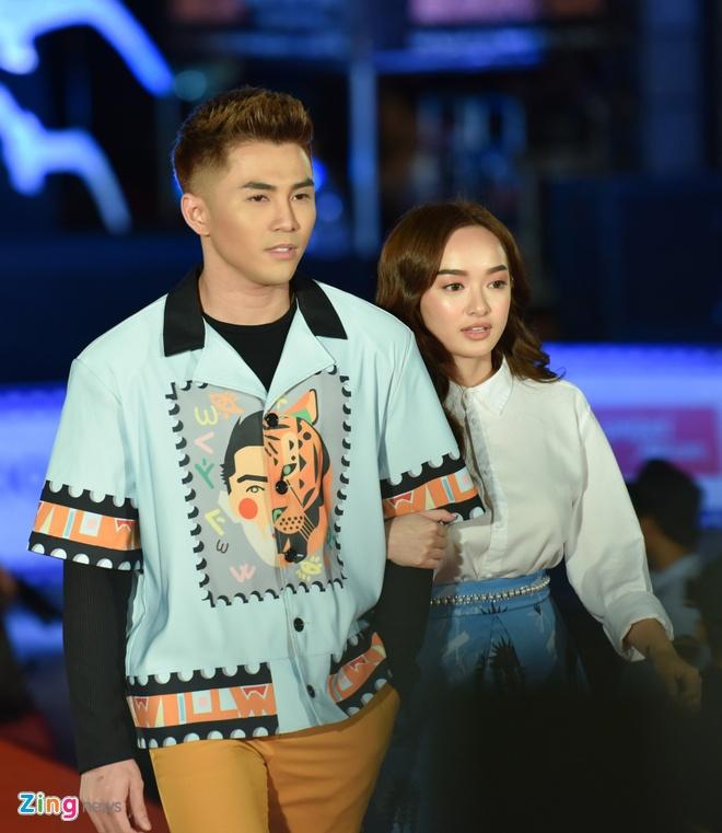 Sao Viet rang ro tren tham do Lien hoan phim Viet Nam 2017 hinh anh 10