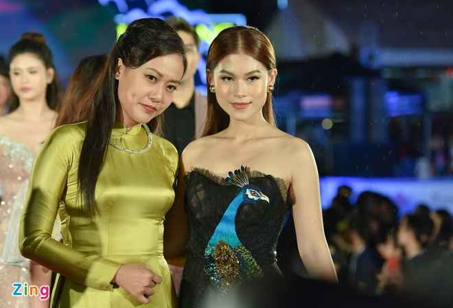 Sao Viet rang ro tren tham do Lien hoan phim Viet Nam 2017 hinh anh 5