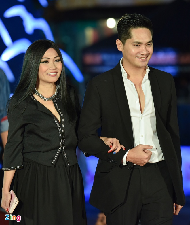 Sao Viet rang ro tren tham do Lien hoan phim Viet Nam 2017 hinh anh 7