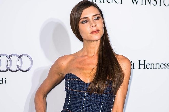 Victoria Beckham va de che thoi trang tri gia 100 trieu bang Anh hinh anh