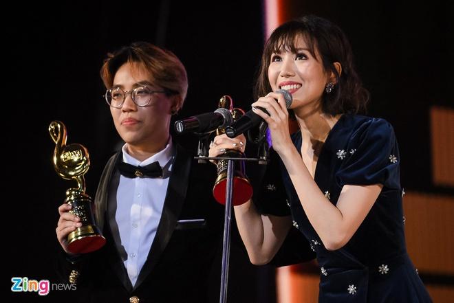 Min va Soobin Hoang Son thang lon o Zing Music Awards 2017 hinh anh 34