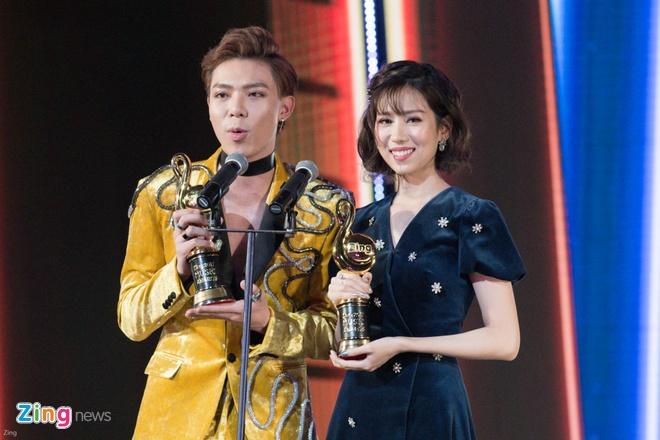 Min va Soobin Hoang Son thang lon o Zing Music Awards 2017 hinh anh 25
