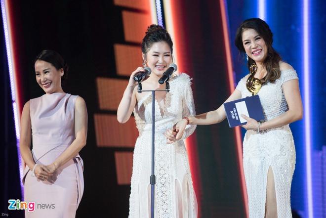 Min va Soobin Hoang Son thang lon o Zing Music Awards 2017 hinh anh 26