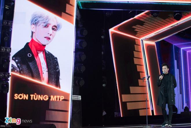 Min va Soobin Hoang Son thang lon o Zing Music Awards 2017 hinh anh 27
