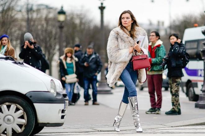 Street style tu thanh lich den pha cach cua tin do thoi trang Paris hinh anh 19
