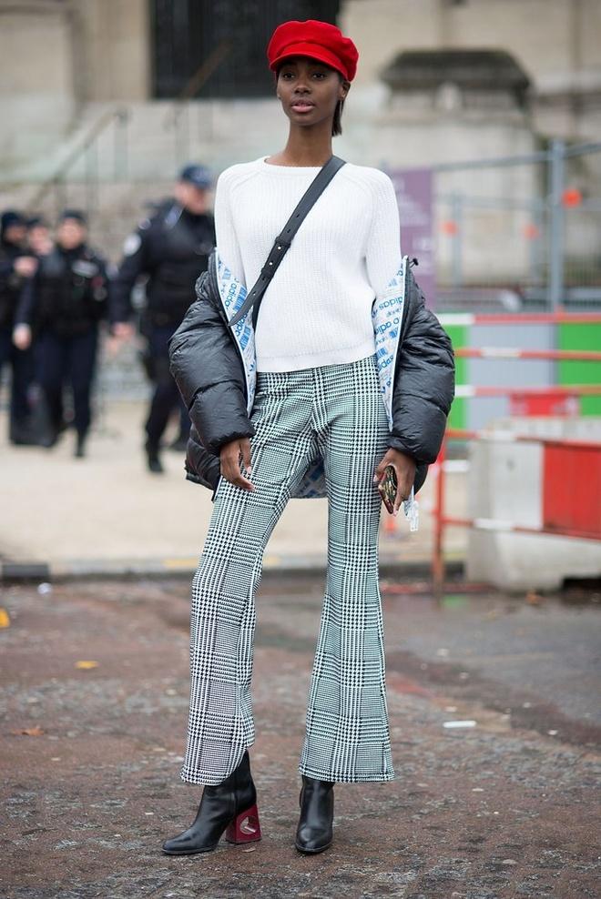 Street style tu thanh lich den pha cach cua tin do thoi trang Paris hinh anh 10