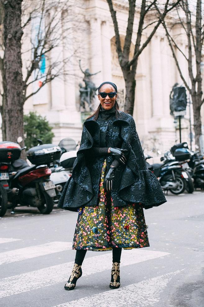Street style tu thanh lich den pha cach cua tin do thoi trang Paris hinh anh 18