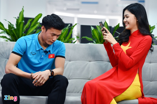 Mot status quang cao cua thu mon Tien Dung gia 2.500 USD sau giai U23? hinh anh 2