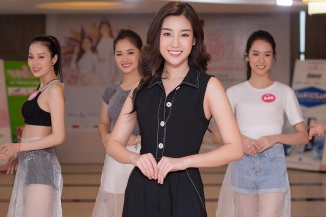 Do My Linh thi pham catwalk cho thi sinh Hoa hau Viet Nam 2018 hinh anh