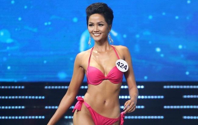 Clip dan nguoi dep Viet tai Miss Universe hinh anh