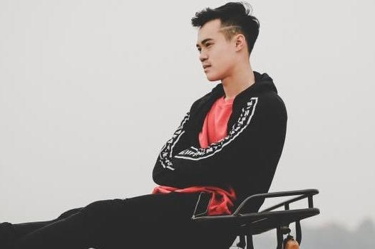 Gu an mac tre trung cua nguoi hung Olympic Viet Nam Van Toan hinh anh