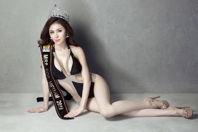 Thu Dung bi thu hoi danh hieu A quan Nguoi mau thoi trang 2018 hinh anh