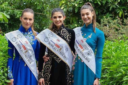 Top 3 Hoa hau Ao dien ao dai, vui trung thu cung tre em Viet Nam hinh anh