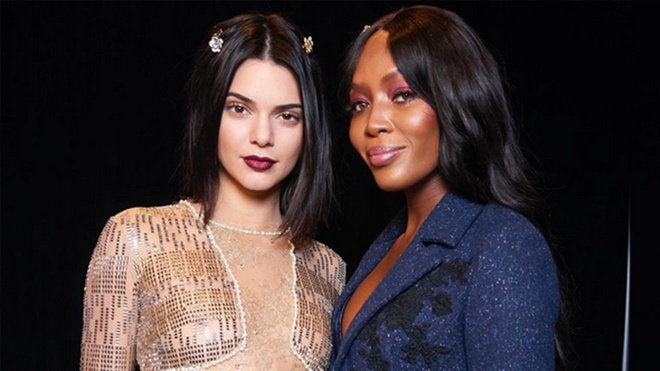 Sieu mau Naomi Campbell to thai do coi thuong Kendall Jenner? hinh anh