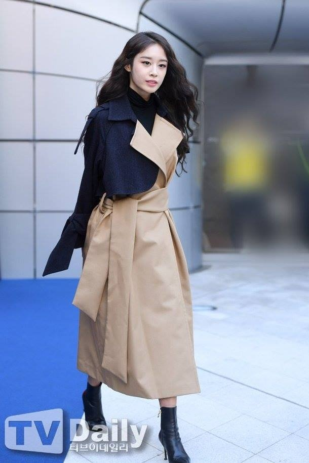 Sao Viet va sao Han tiep tuc do bo Seoul Fashion Week 2019 hinh anh 7