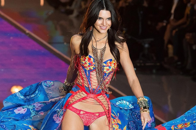 Kendall Jenner, Gigi Hadid gop mat o show noi y Victoria's Secret? hinh anh