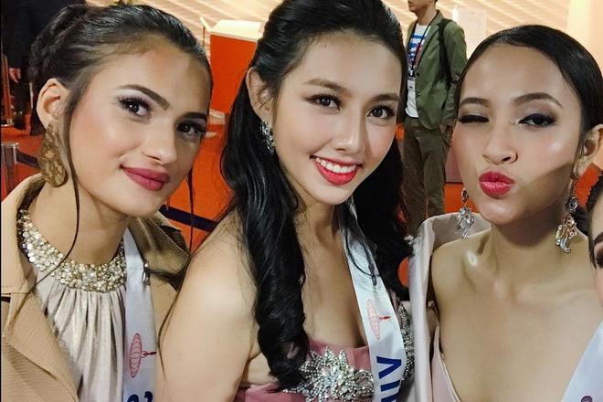 Nguyen Thuc Thuy Tien rang ro ben dan thi sinh Hoa hau Quoc te 2018 hinh anh