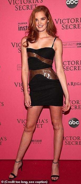 Bella Hadid dien mot khong noi y du tiec Victoria's Secret Show hinh anh 14