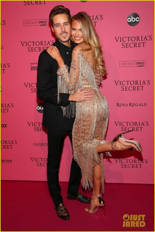 Bella Hadid dien mot khong noi y du tiec Victoria's Secret Show hinh anh 10