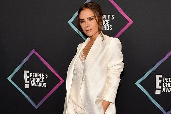 Victoria Beckham duoc vinh danh la bieu tuong thoi trang hinh anh
