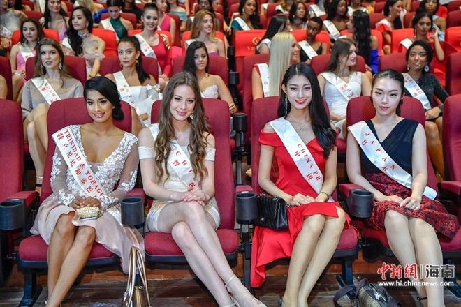 Loạt người đẹp Hoa hậu Thế giới 2018 bị 'dìm' nhan sắc