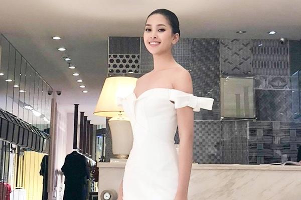 Tiểu Vy diện đầm đuôi cá, thi 'Top Model' ở Hoa hậu Thế giới