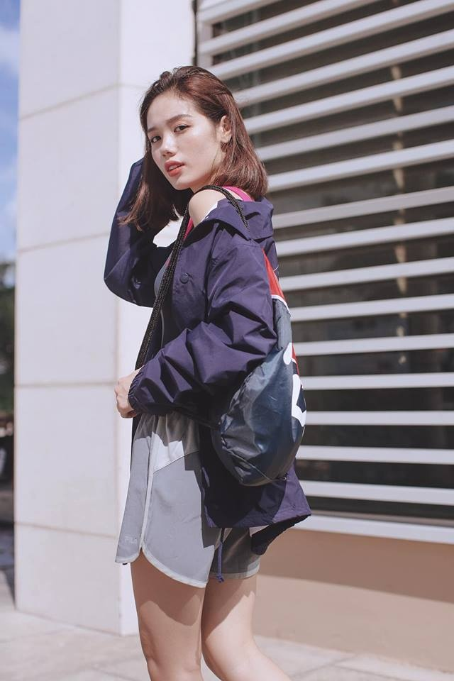 Guong mat 'hot girl' cua Tram Anh The Face 2018 hinh anh 5