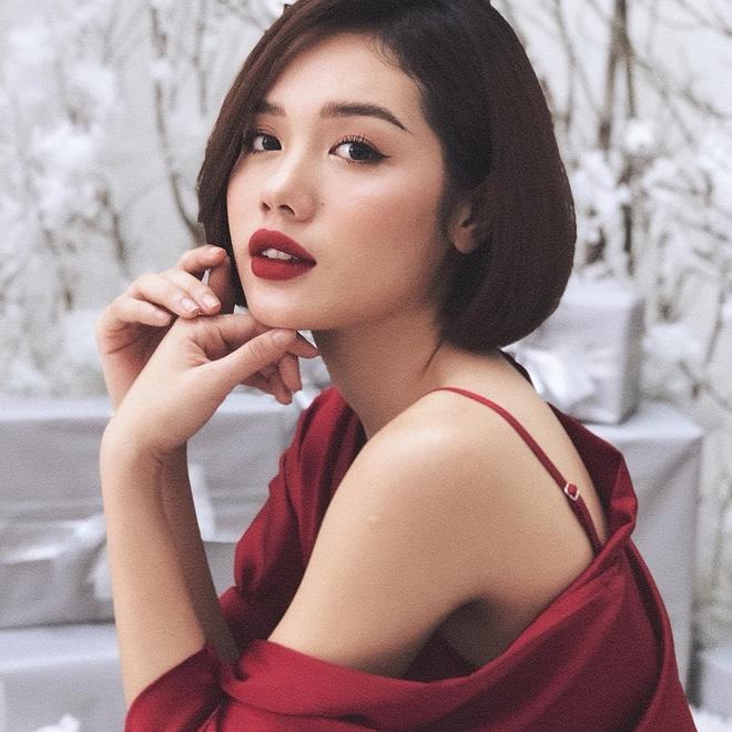 Guong mat 'hot girl' cua Tram Anh The Face 2018 hinh anh 3