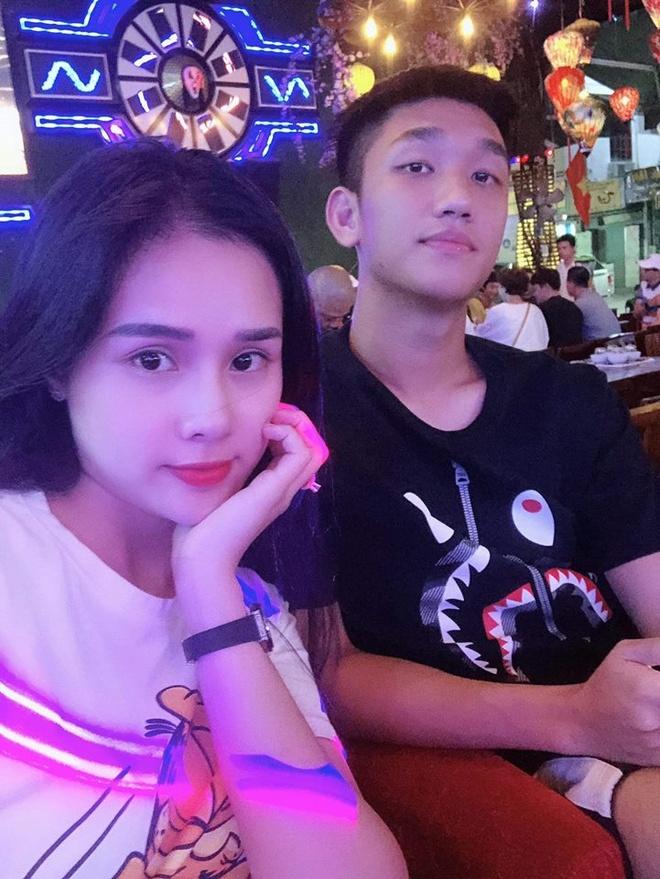 Ban gai Trong Dai U23: 'Gia dinh, ban trai phan doi di thi hoa hau' hinh anh 3