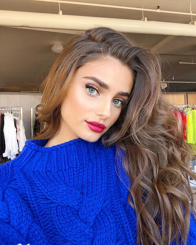 Thien than noi y Taylor Hill anh 9