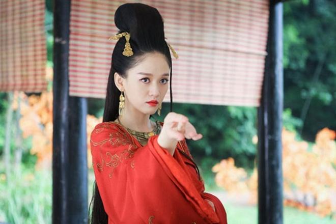 Nghich ly phim Vu Chinh: Cang xem cang khong biet ai chinh, ai phu hinh anh 1