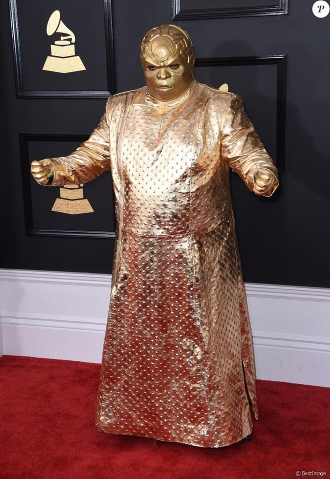 Nhung bo canh gay xon xao tham do Grammy qua cac nam hinh anh 10