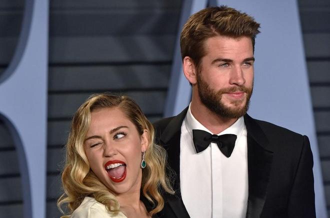 Miley Cyrus doi ten theo chong Liam Hemsworth hinh anh 1