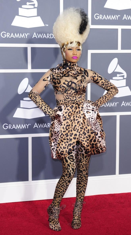 Nhung bo canh gay xon xao tham do Grammy qua cac nam hinh anh 4