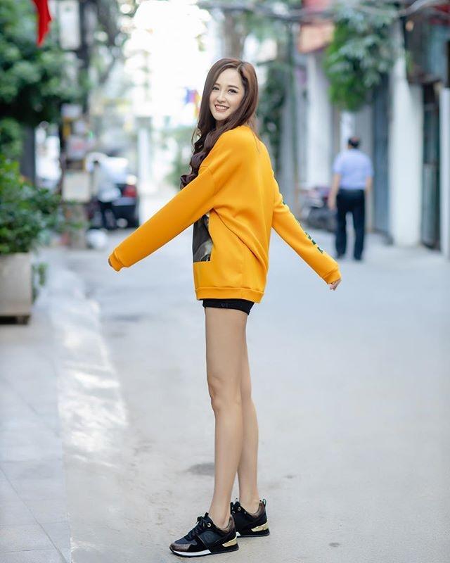 Mai Phuong Thuy tuoi 31 - Xinh dep, giau co, khong mang chong con hinh anh 9