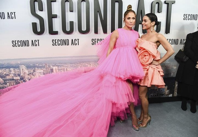 'Nu hoang sexy' Jennifer Lopez duoc ton vinh la bieu tuong thoi trang hinh anh 3