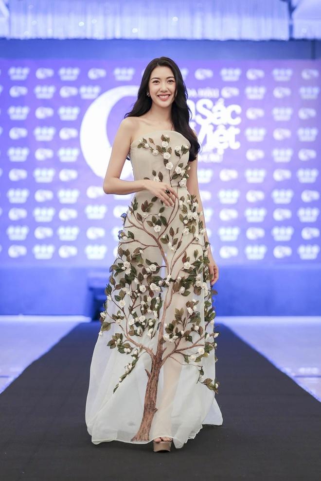 10X nguoi dan toc xinh dep duoc chu y o Hoa hau Ban sac Viet 2019 hinh anh 10