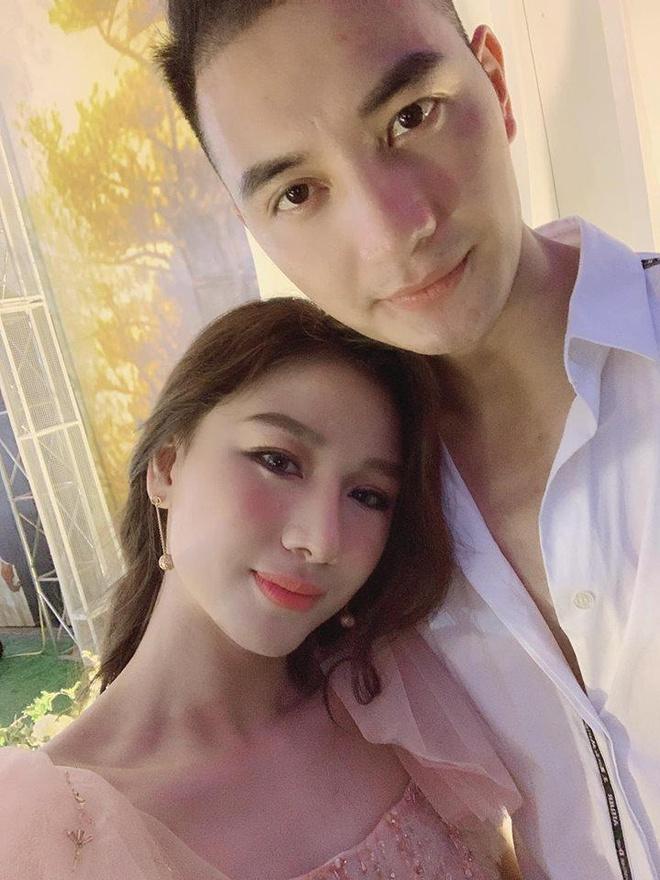 Nhan sac con gai 'bau De' CLB Thanh Hoa vua lay chong nguoi mau hinh anh 5