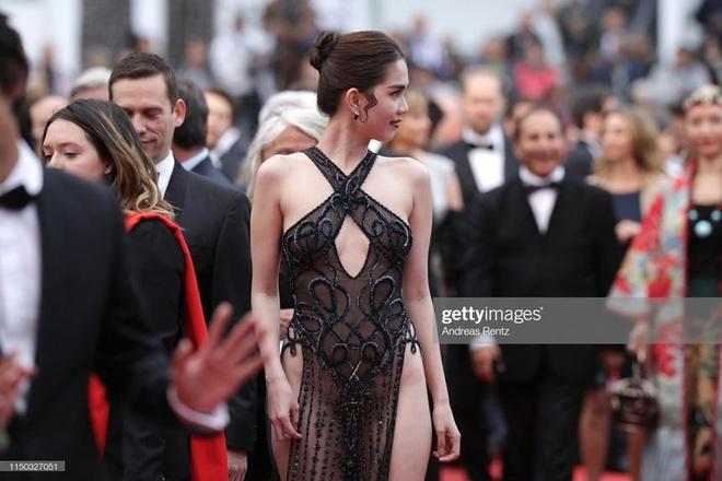 Vu Thu Phuong: 'Mac goi duc thieu van hoa o Cannes la su si nhuc' hinh anh 2