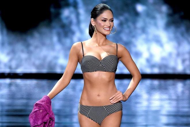 Màn catwalk nóng bỏng của dàn Hoa hậu Hoàn vũ thế giới 10 năm qua