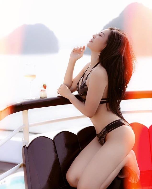 Nguoi dep Viet nghien ao tam hai manh sexy hinh anh 8