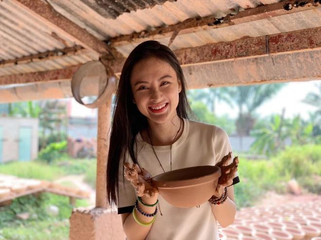 Angela Phuong Trinh tu thien anh 10