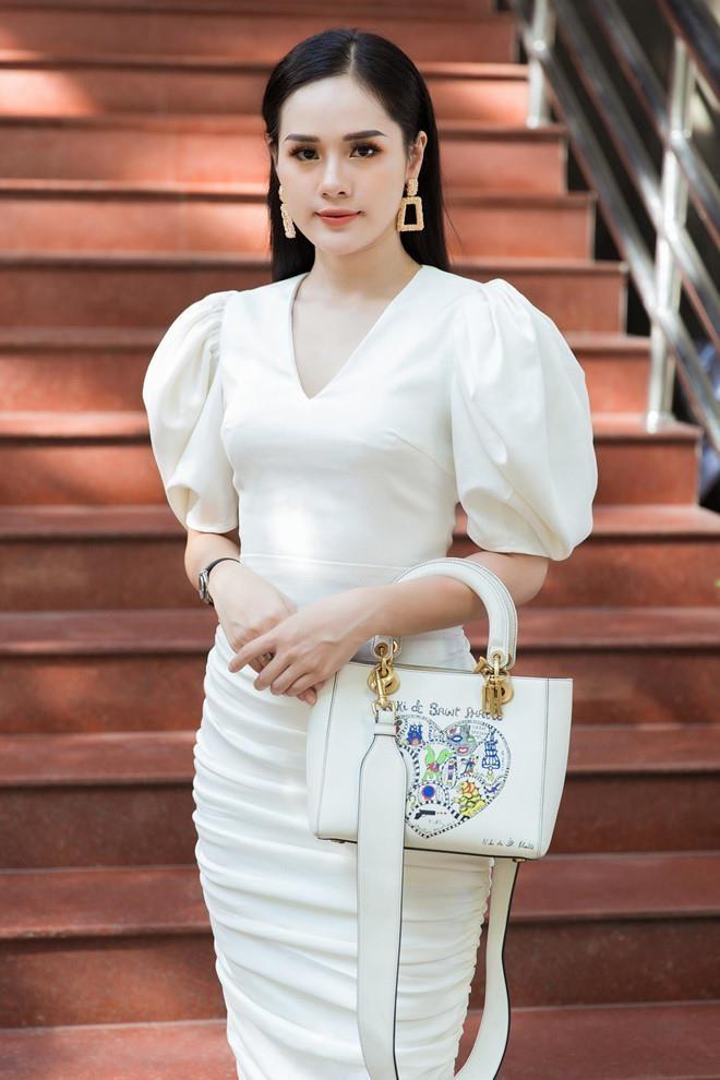 Huyen Trang ban gai Trong Dai anh 10