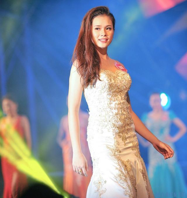 Huyen Trang ban gai Trong Dai anh 2